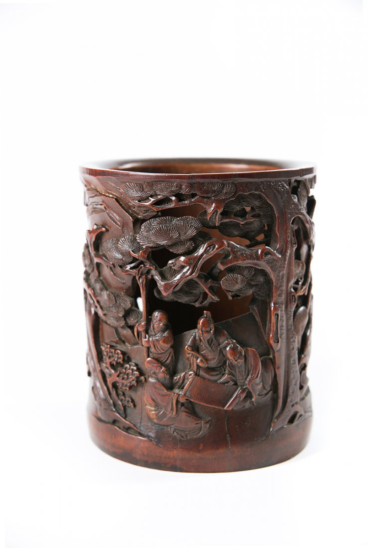 A CHINESE LARGE CARVED BAMBOO BRUSH POT, 17TH/18TH
