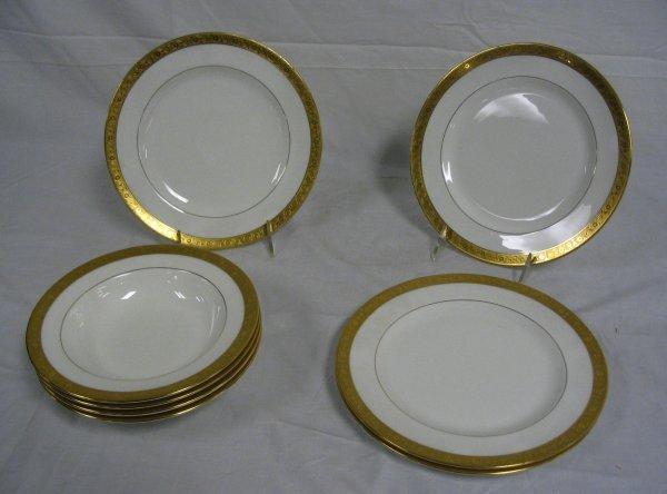 FOUR PLATES & FOUR SOUPS, MINTONS W/GOLD BORDERS