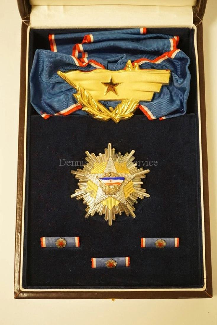 ORDER OF THE YUGOSLAV FLAG - GRAND CROSS SET IN BOX.