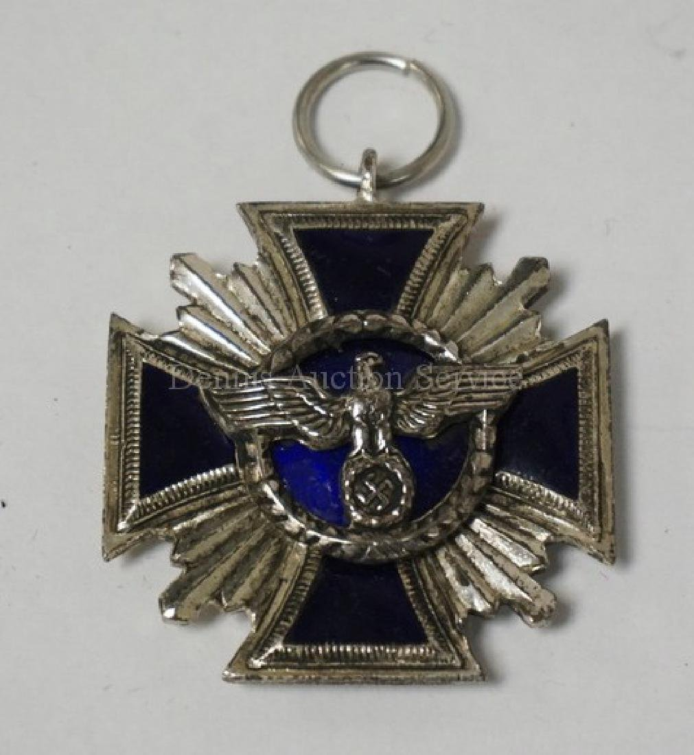 ENAMELED NAZI PARTY LONG SERVICE MEDAL. 1 5/8 INCHES