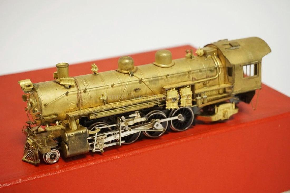 VINTAGE LMB BRASS HO SCALE LOCOMOTIVE & TENDER. *UP - 2