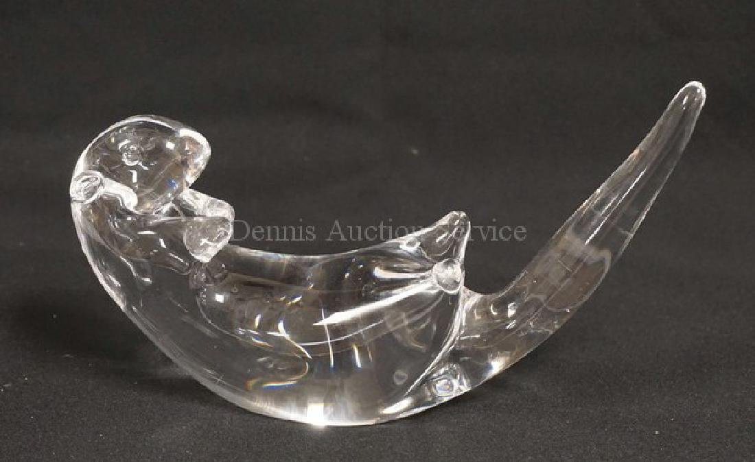 STUBEN CRYSTAL OTTER MEASURING 5 3/4 INCHES HIGH AND 8