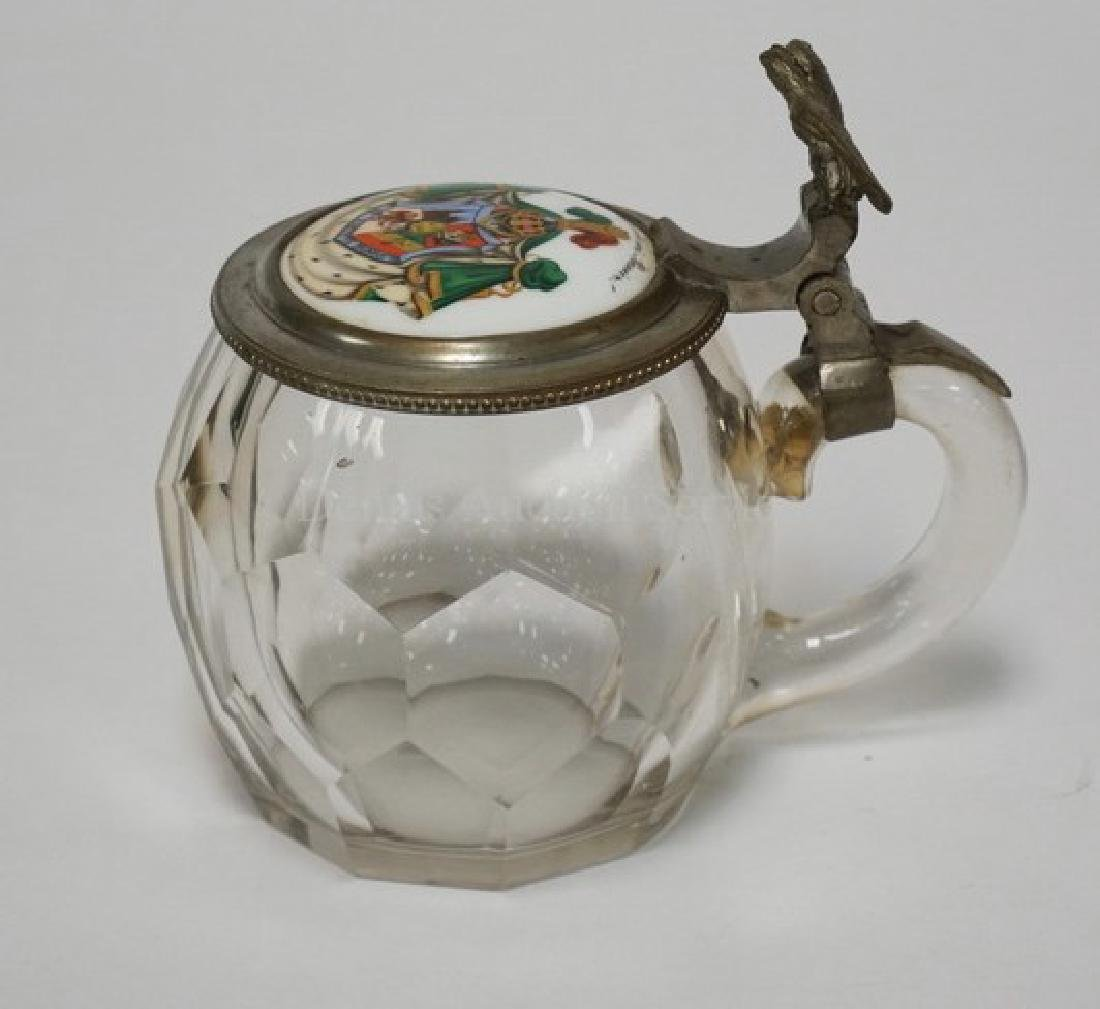 19TH C. GERMAN BLOWN GLASS STEIN WITH A HONEYCOMB PANEL