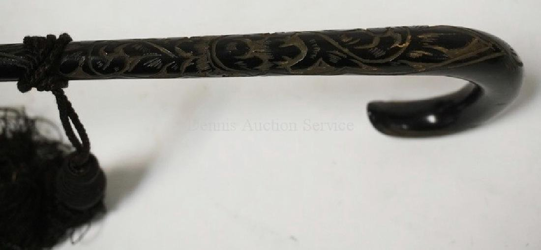 EARLY HAND WORKED LACE PARASOL WITH A CARVED HANDLE, - 5