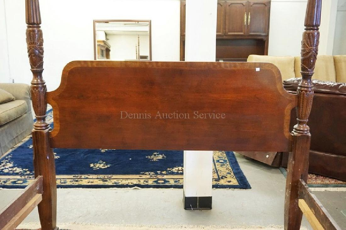 CARVED MAHOGANY QUEEN SIZE HIGH POSTER BED. - 2