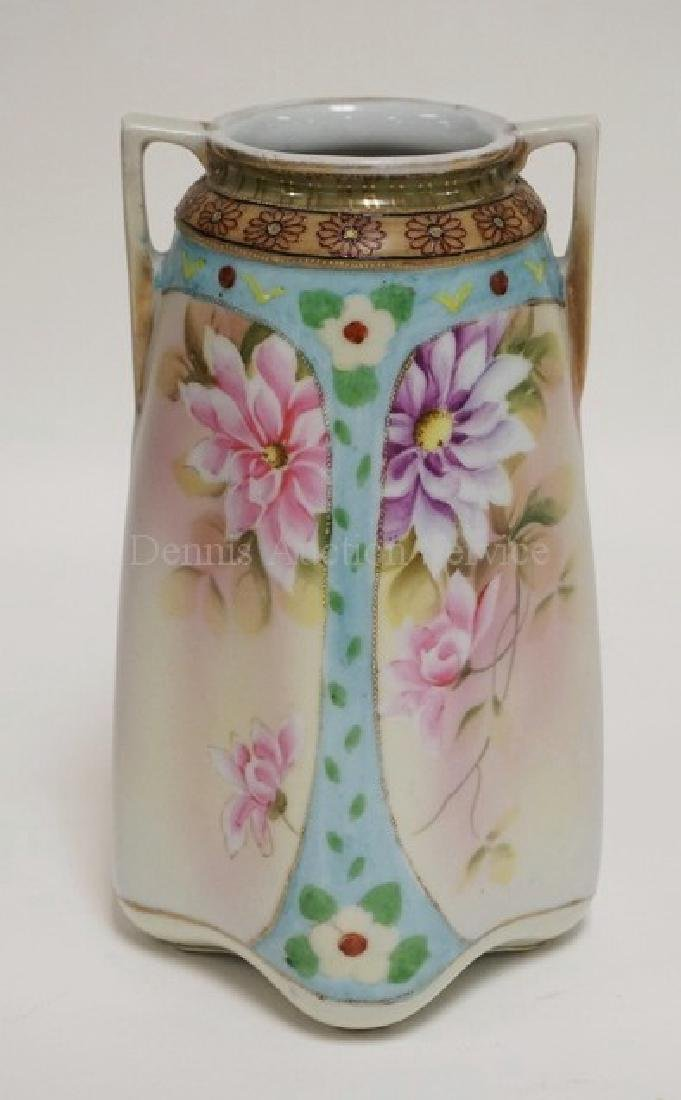 IMPERIAL NIPPON PORCELAIN VASE. HAND PAINTED WITH