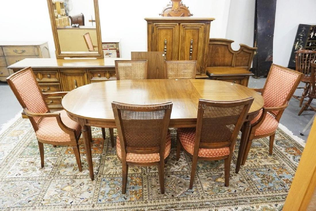 7 PIECE DINETTE SET. 60 X 40 INCH TABLE, TWO 18 INCH