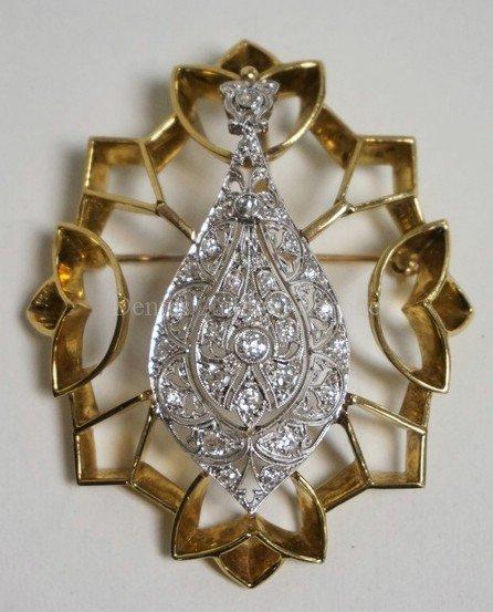 VERY FINE 18K GOLD & PLATINUM DIAMOND BROOCH. 19.6 DWT.