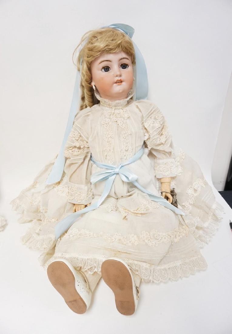 LARGE SIMON HALBIG 1078 BISQUE HEAD DOLL. 34 IN