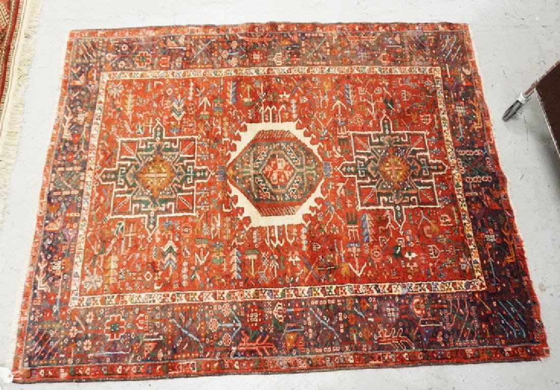 ORIENTAL RUG MEASURING 5 FT X 6 FT 2 INCHES.