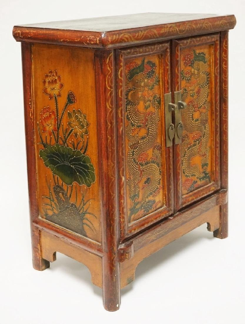 ASIAN CABINET WITH POLYCHROME DECORATIONS OF DRAGONS - 3