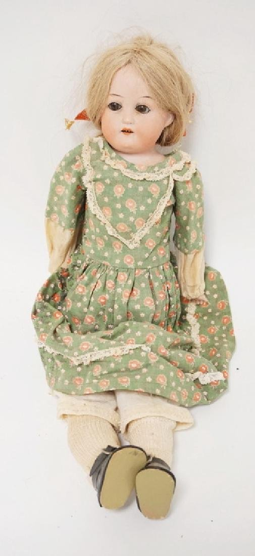 ANTIQUE HEUBACH BISQUE HEADED DOLL. 275 111/0. 15