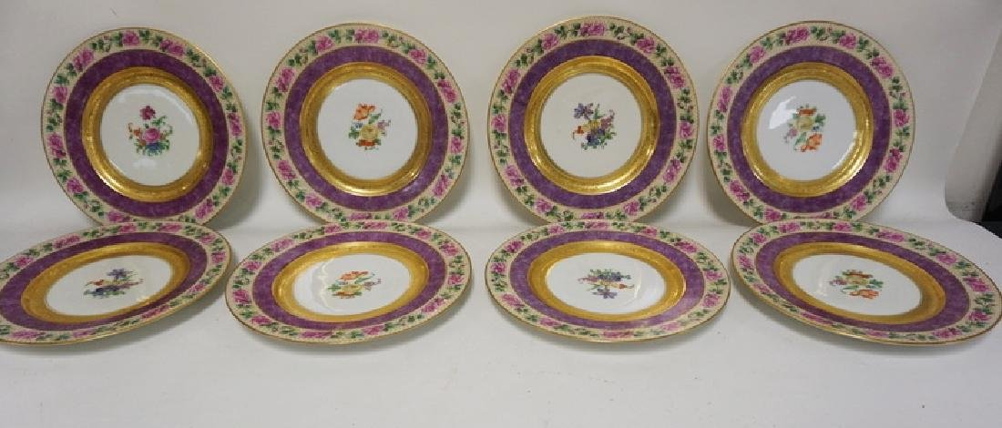 SET OF 8 BLACK KNIGHT SERVICE PLATES WITH FLORAL DÉCOR