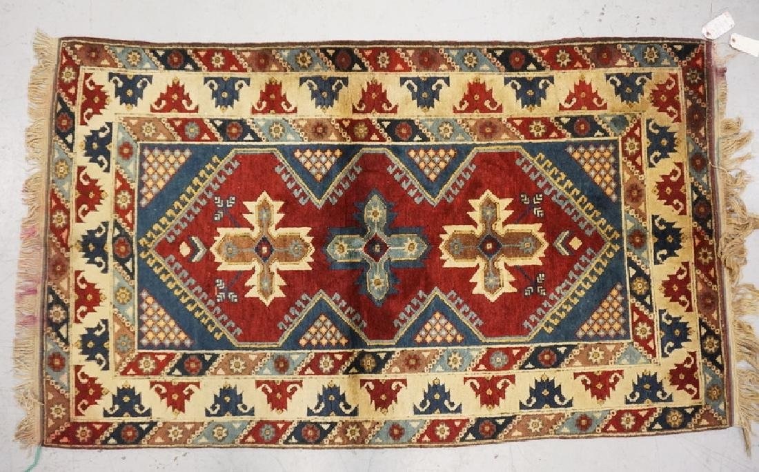 HAND WOVEN TURKISH RUG MEASURING 6 FT 4 INCHES X 3 FT 9