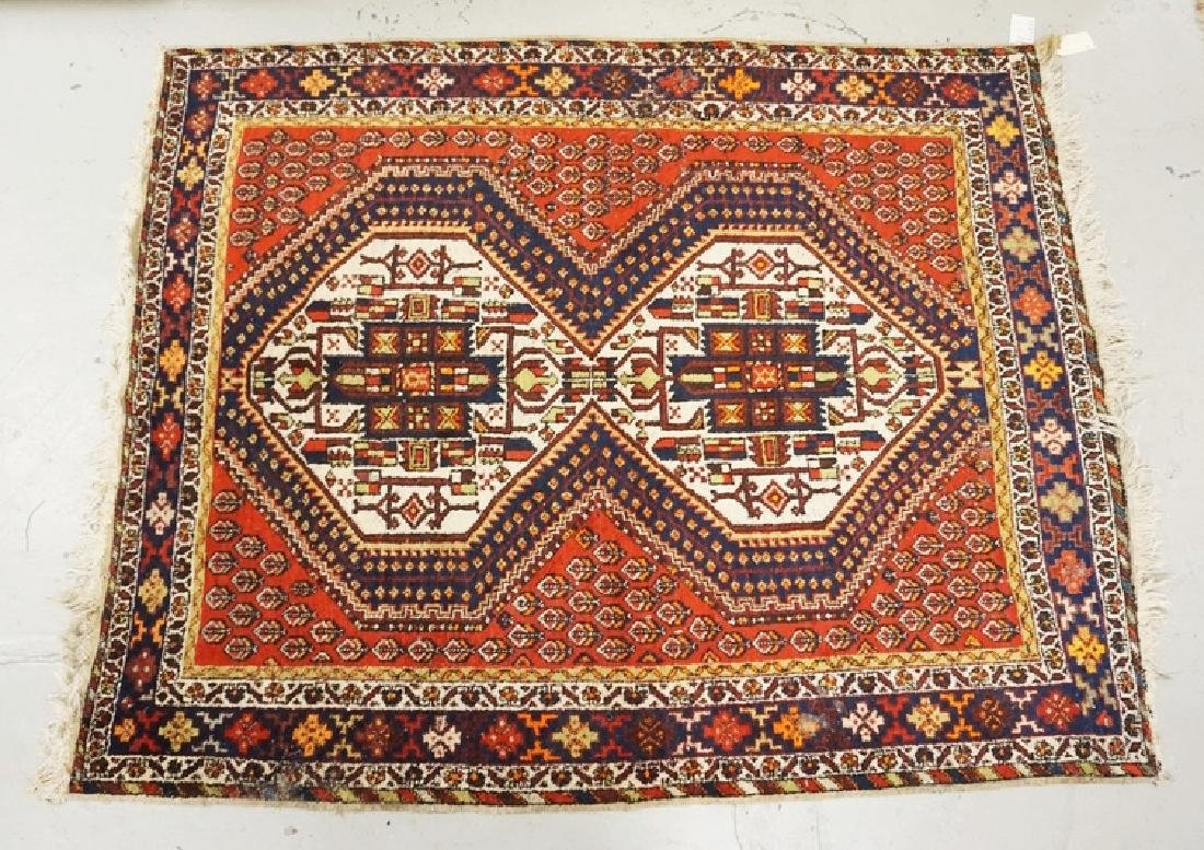 HAND WOVEN ORIENTAL RUG MEASURING 6 FT 5 X 5 FT.