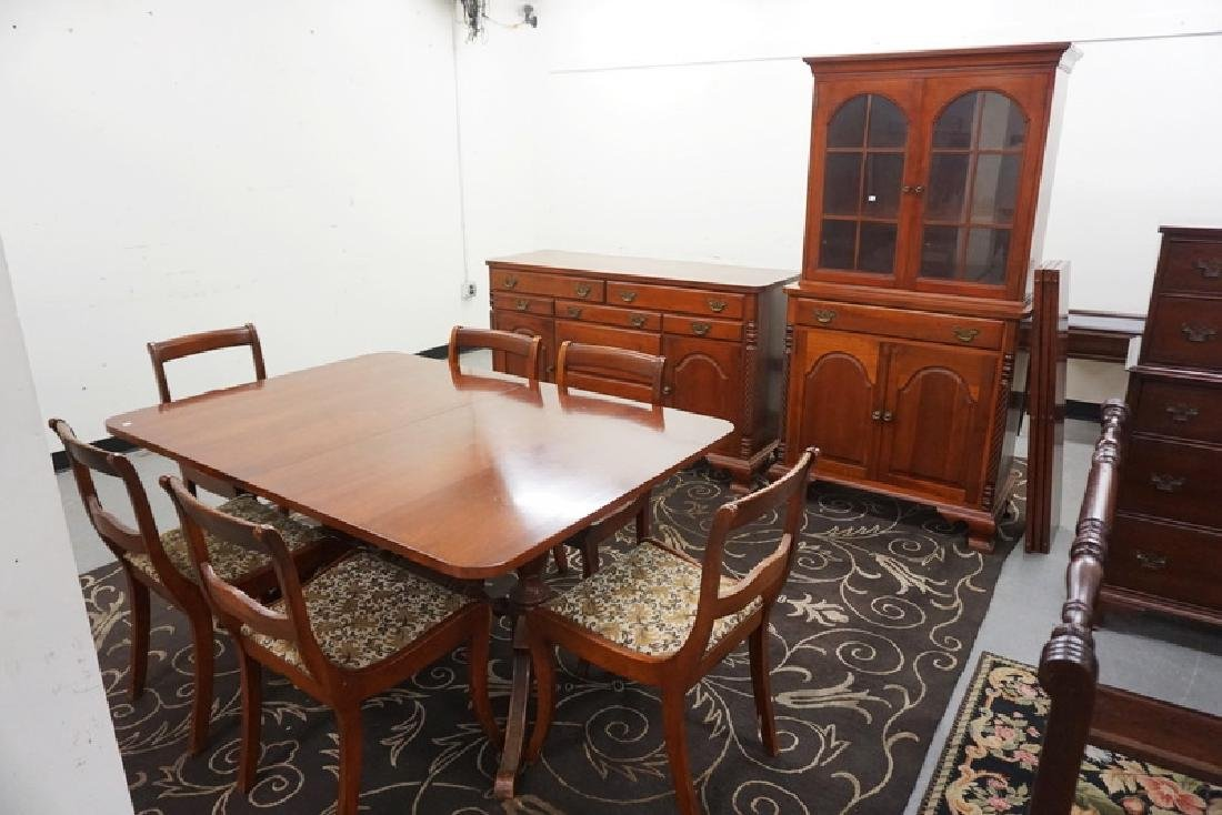 9 PIECE CHERRY DINING ROOM SET BY VAN SCIVER. TABLE