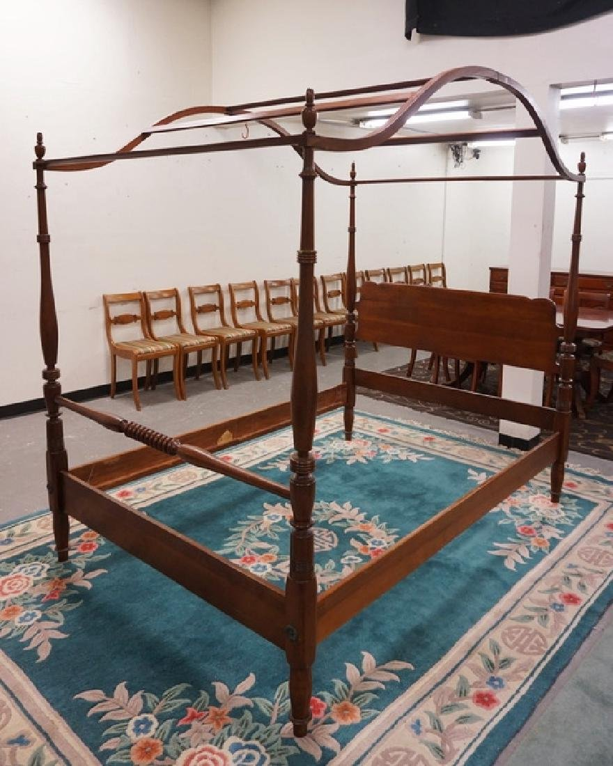 CHERRY QUEEN SIZE CANOPY BED WITH TURNED POSTS.