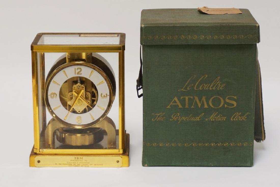 1950'S LECOULTRE ATMOS CLOCK WITH THE ORIGINAL BOX.