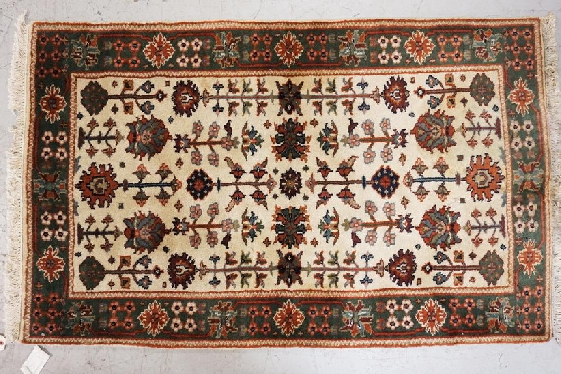 HAND WOVEN ORIENTAL THROW RUG MEASURING 4 FT 10 X 3 FT.