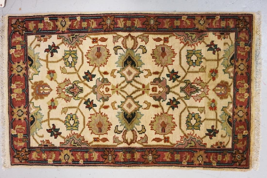 HAND WOVEN ORIENTAL THROW RUG MEASURING 4 FT 11 X 3 FT