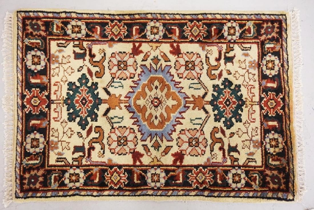 HAND WOVEN ORIENTAL RUG MEASURING 3 FT X 2 FT 1 INCHES.