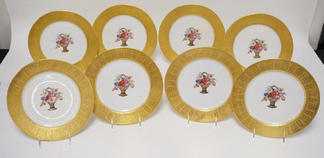 SET OF 8 FRENCH LIMOGES PORCELAIN PLATES WITH TRANSFER