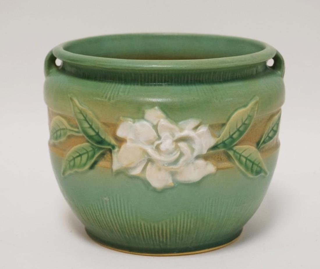 ROSEVILLE POTTERY GARDENIA JARDINIERE #601-6. 6 INCHES