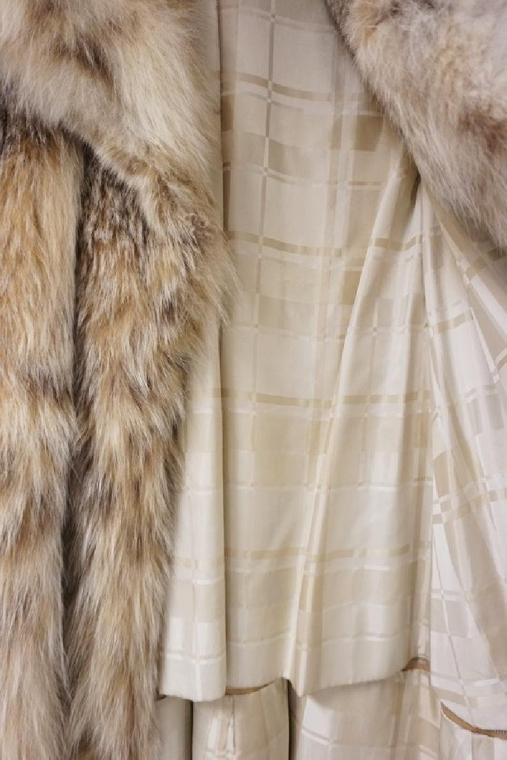 LYNX FULL LENGTH FUR COAT MEASURING APPROX 46 INCHES - 3