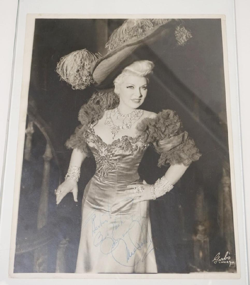 MAE WEST SIGNED PHOTOGRAPH. 11 X 13 3/4 INCHES.