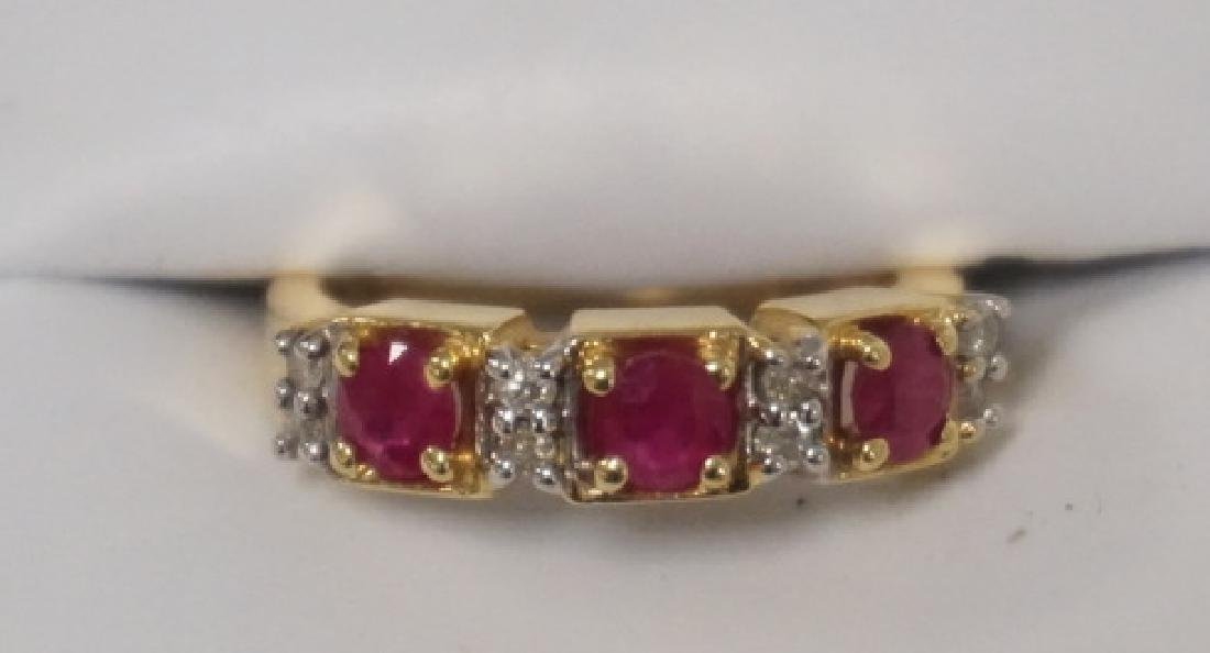14K GOLD LADIES RING SET WITH ALTERNATING RUBIES AND