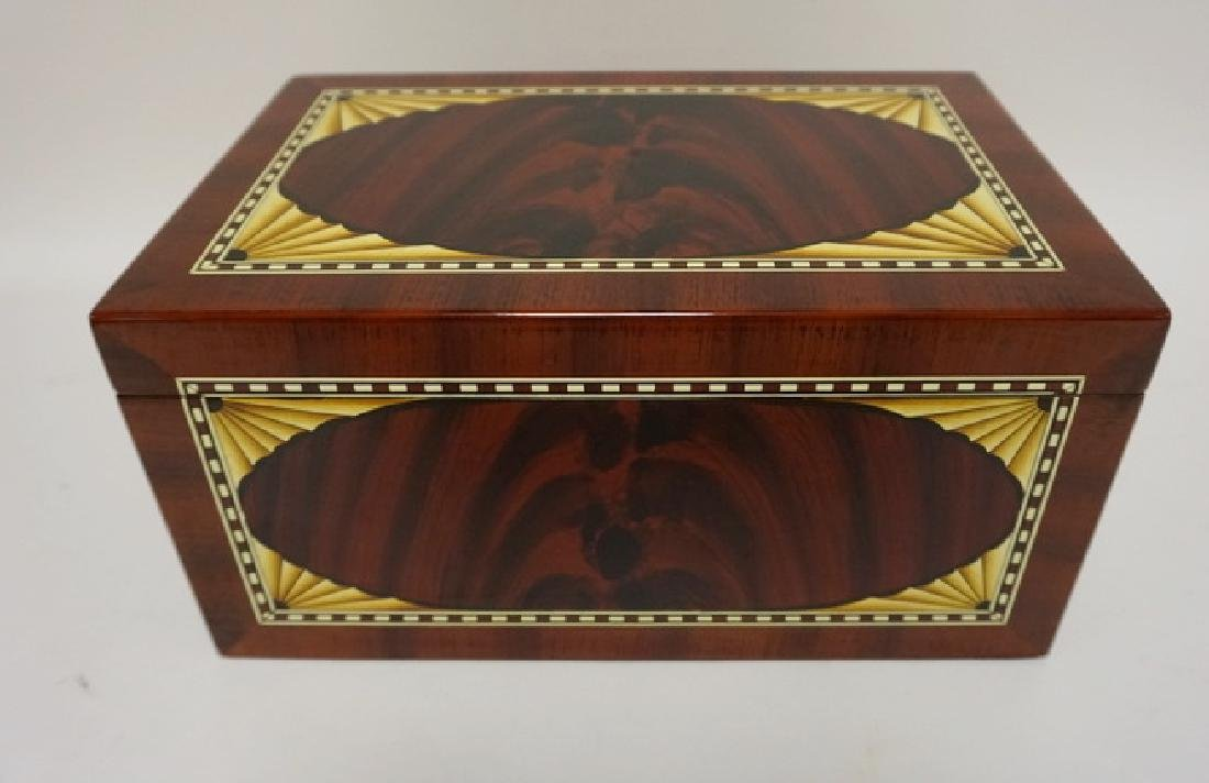 INLAID HUMIDOR WITH HIGH GLOSS FINISH. 15 1/4 IN X 10