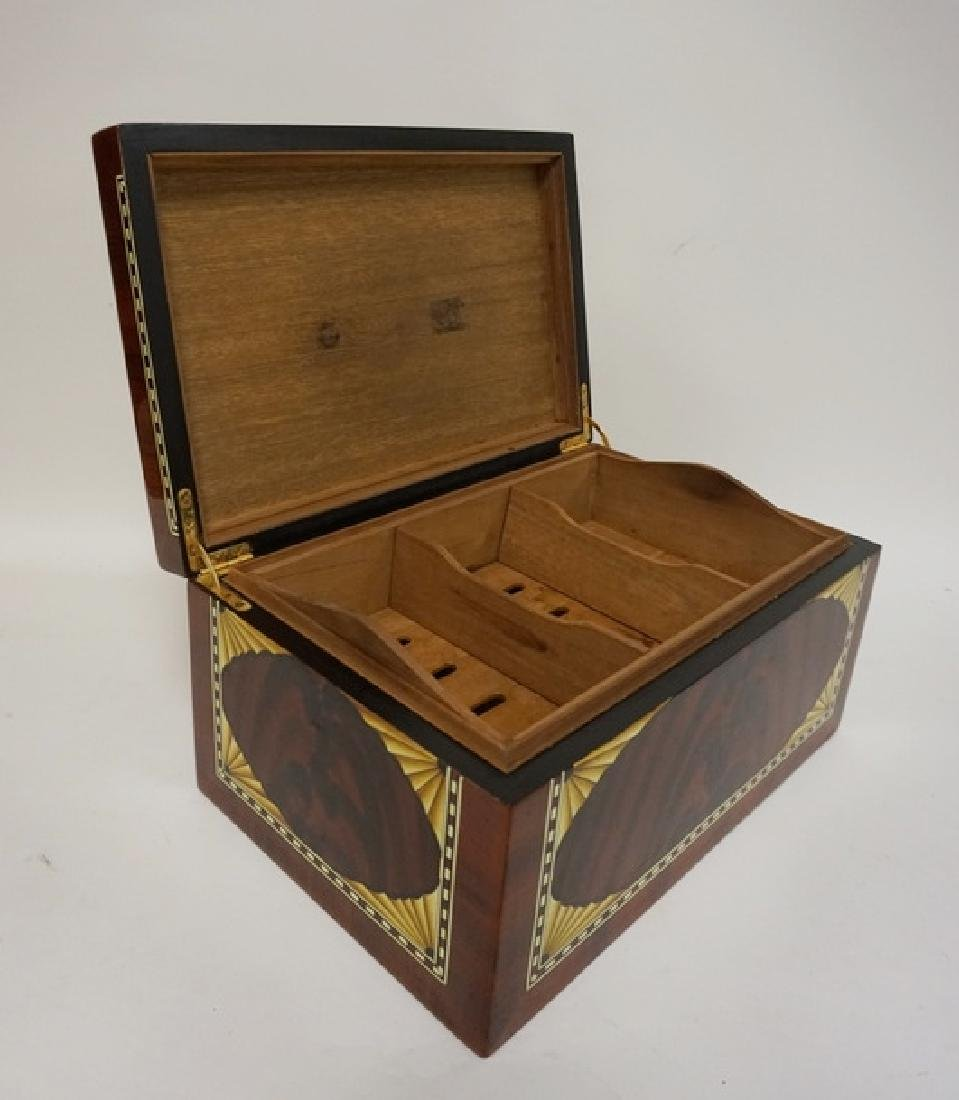 INLAID HUMIDOR WITH HIGH GLOSS FINISH. 15 1/4 IN X 10 - 2