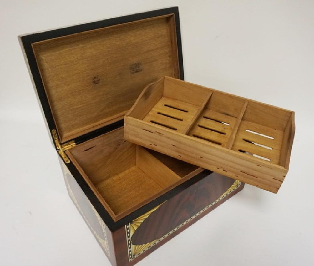 INLAID HUMIDOR WITH HIGH GLOSS FINISH. 15 1/4 IN X 10 - 3