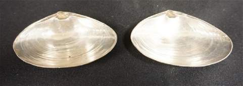 PAIR OF WALLACE STERLING SILVER CLAM SHELL DISHES