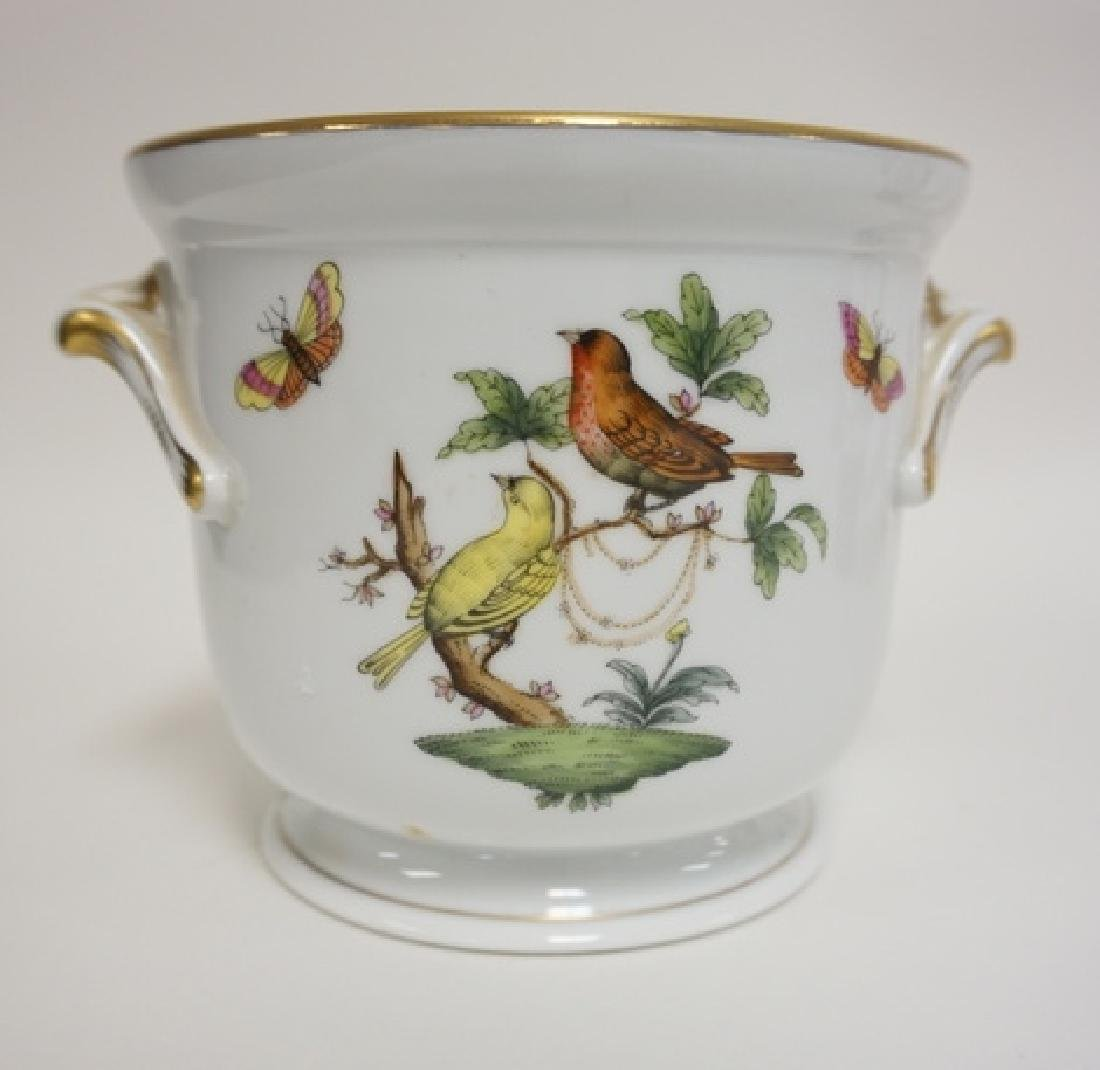 HEREND PORCELAIN CACHE POT WITH BIRDS AND BUTTERFLIES.