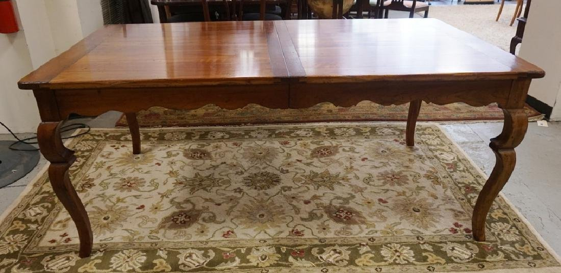 WRIGHT TABLE COMPANY SOLID CHERRY DINING TABLE. BENCH