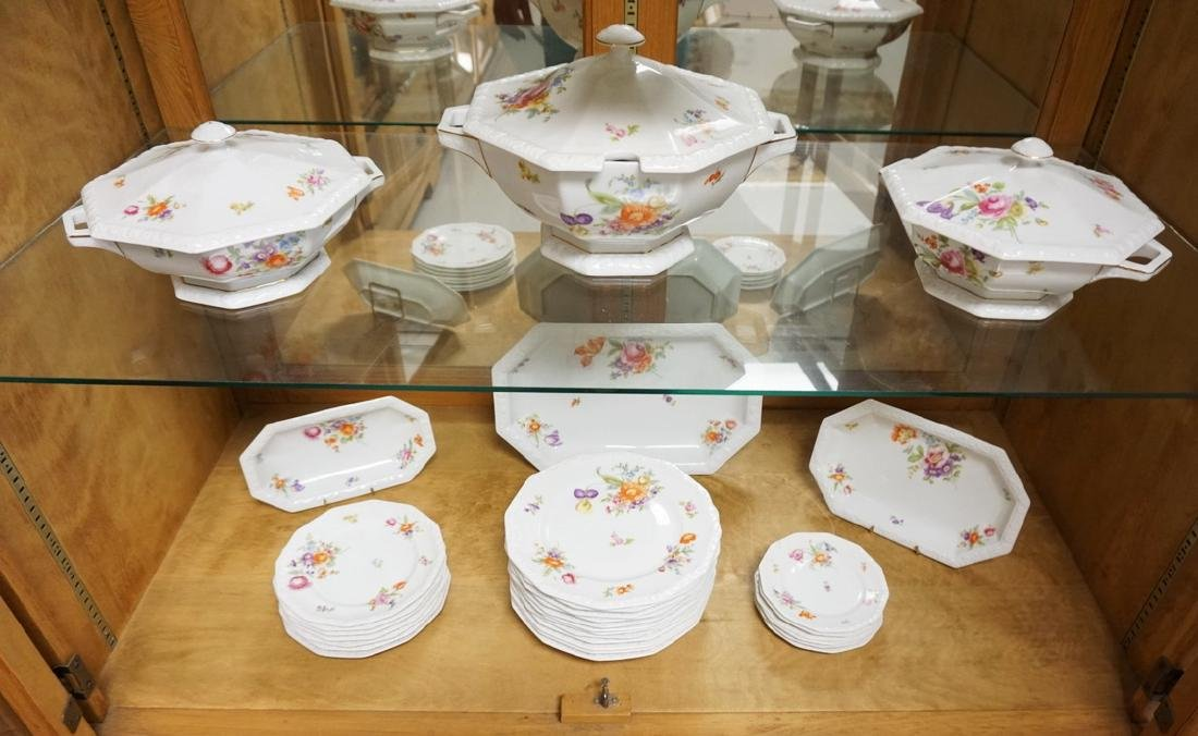 31 PC ROSENTHAL *MARIA* PARTIAL DINNERWARE SET WITH
