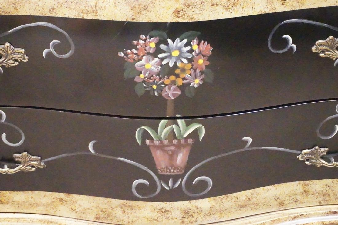 BOMBAY STYLE CHEST OF DRAWERS DECORATED WITH FLOWERS. - 2