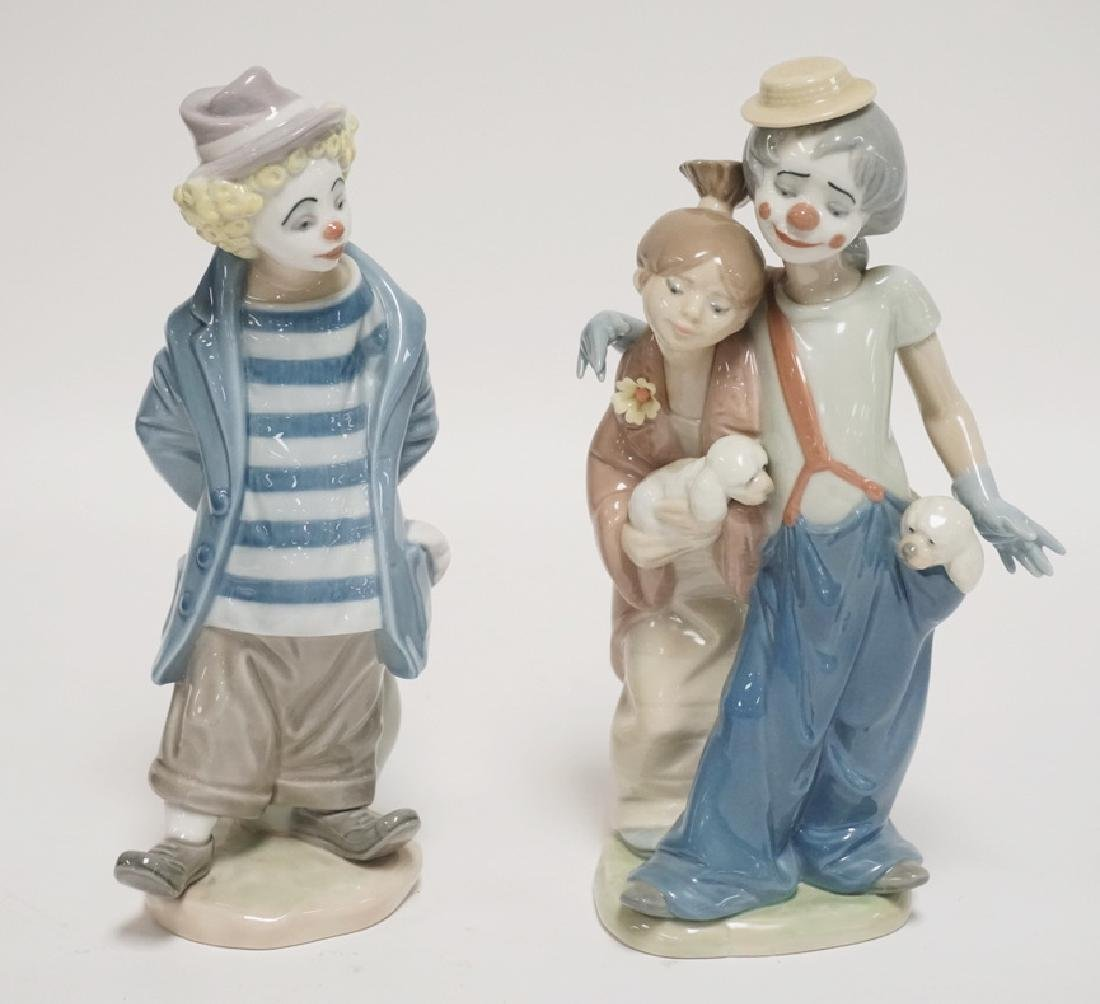 LOT OF 2 LLADRO PORCELAIN CLOWN FIGURES. 8 3/4 INCHES