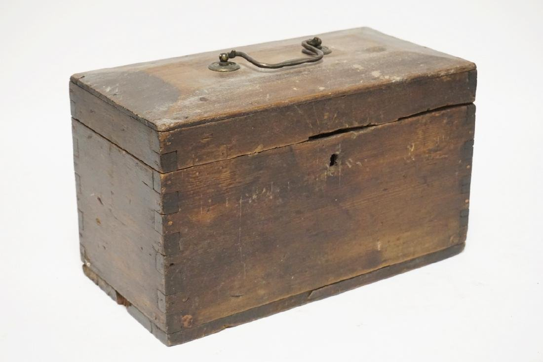 OLD HAND MADE WOODEN STORAGE BOX. 14 X 7 X 9 INCHES.