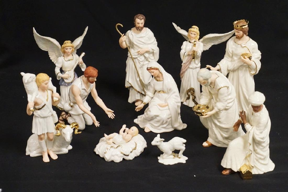 11 PIECE LENOX NATIVITY SET WITH BOXES. 2 OF THE KINGS