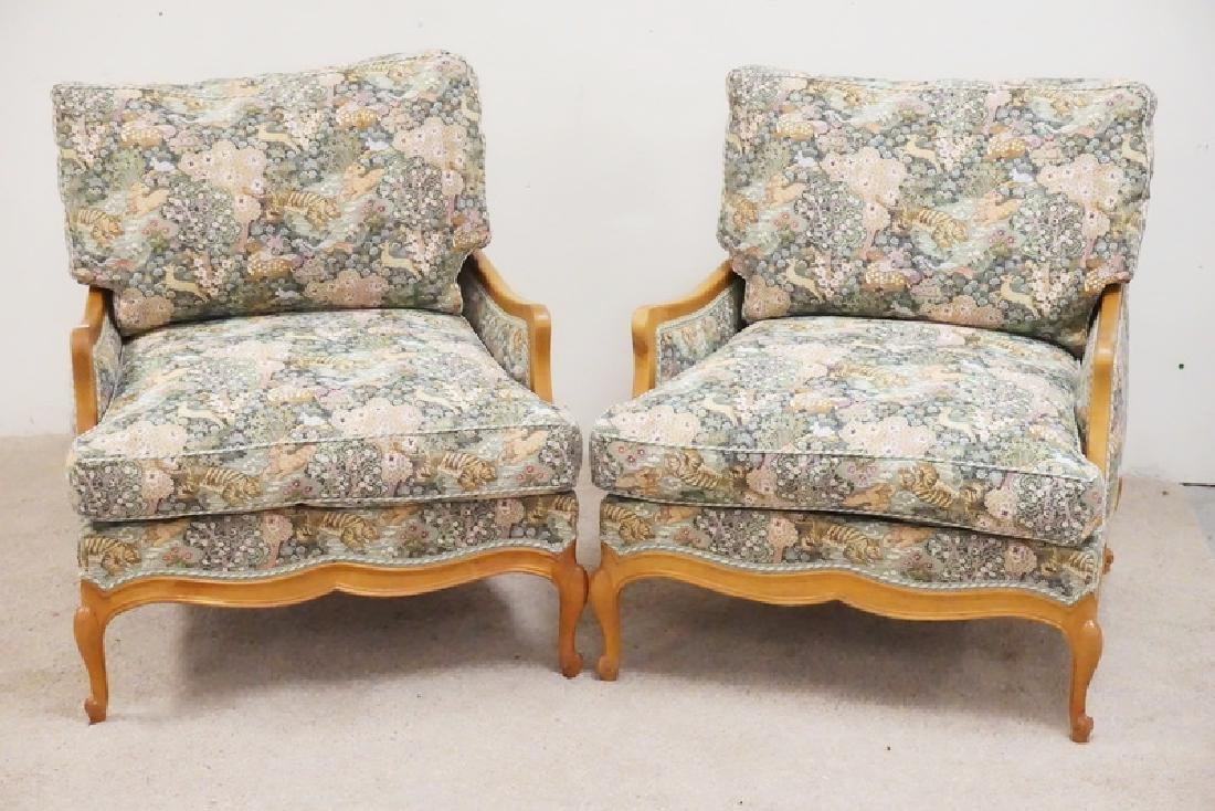 UPHOLSTERED ARMCHAIRS