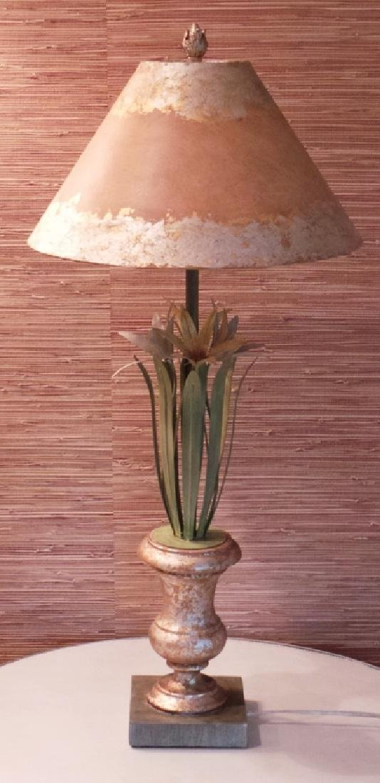 FLORAL ART METAL LAMP