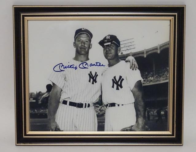 MICKEY MANTLE AUTOGRAPHED PHOTO