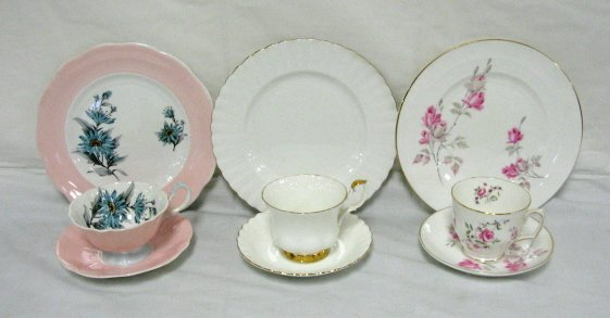 3: GROUP OF 3 BONE CHINA PLATE, CUP & SAUCER SETS