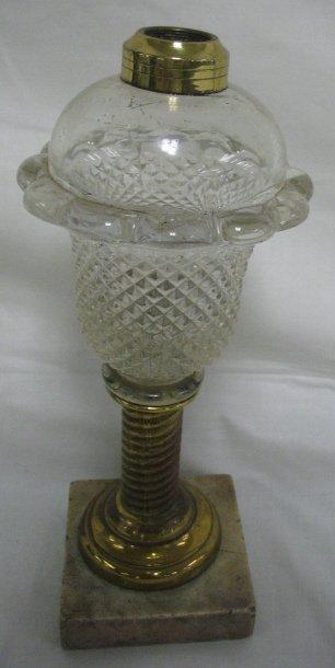 18: DIAMOND POINT KEROSENE LAMP