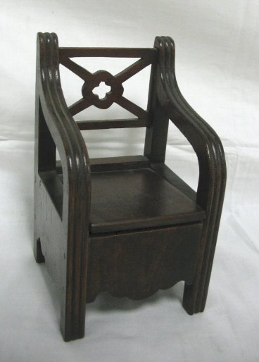 21: WOODEN CHAIR INKWELL