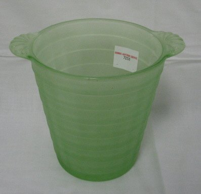 1011: FRIGIDAIRE ICE SERVER; FROSTED GREEN GLASS