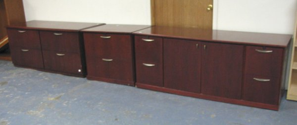 1024: SET OF 3 OFFICE CABINETS