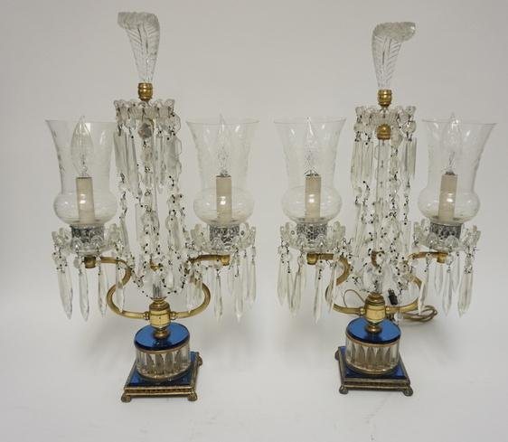 PAIR OF CRYSTAL LAMPS WITH PRISMS